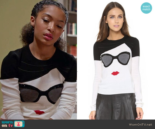 Alice & Olivia Stace Face Sweater worn by Yara Shahidi on Blackish
