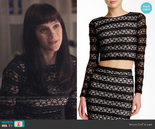 Alice & Olivia Twist Back Lace Crop Top worn by Aubrey Peeples on Nashville
