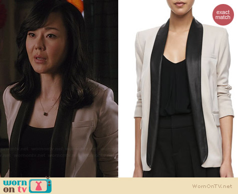 Alice & Olivia Two Tone Leather Collar Blazer worn by Yunjin Kim on Mistresses