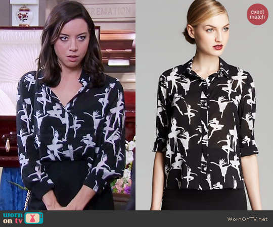 Alice & Olivia Willa Ballerina Print Blouse worn by Aubrey Plaza on Parks & Rec