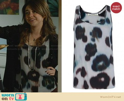 All Saints Teal Echo Tank worn by Sarah Hyland on Modern Family