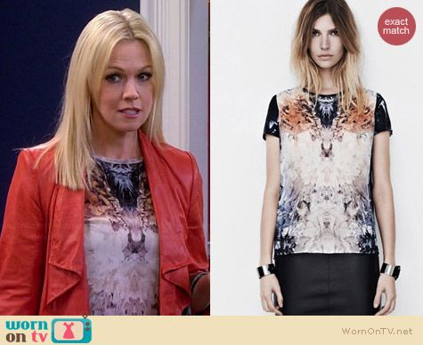 All Saints Wither T-Shirt worn by Jennie Garth on Mystery Girls