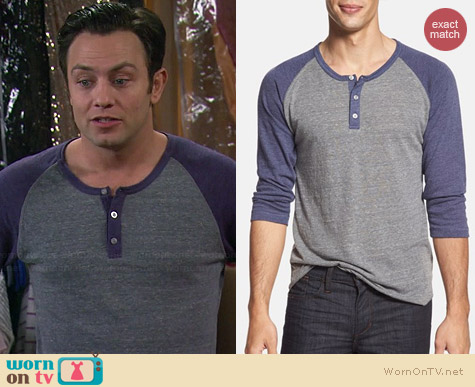 Alternative Henley in Eco Grey / Eco Cambridge Blue worn by Jonathan Sadowski on Young & Hungry