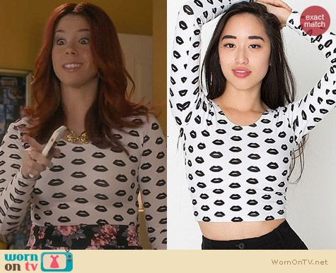 American Apparel Lips Print Crop Top worn by Jillian Rose Reed on Awkward