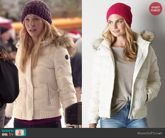 American Eagle Get Down Hooded Puffer Jacket in Chalk worn by Candice Accola on The Vampire Diaries