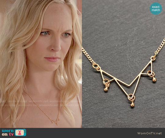 Amyfinedesign Minimal Gold Necklace worn by Caroline Forbes on The Vampire Diaries