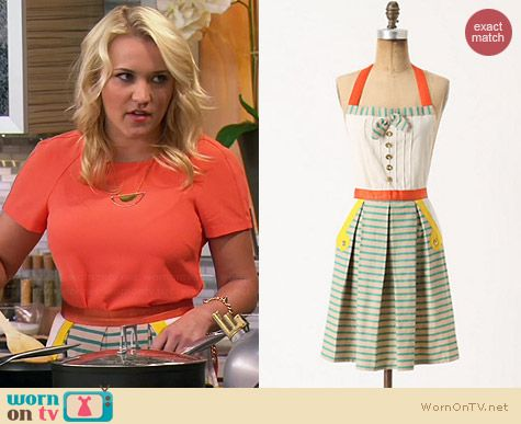 Anthropologie Bahia Apron worn by Emily Osment on Young & Hungry