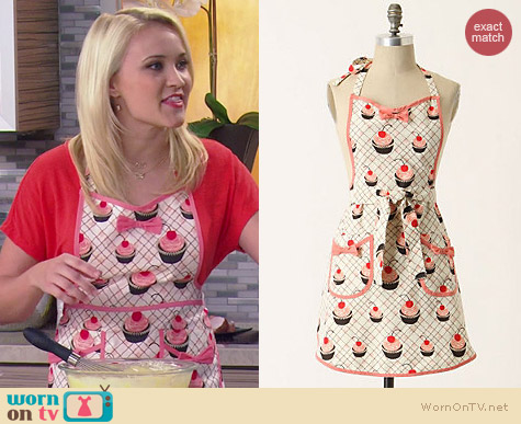 Anthropologie Baker's Delight Apron worn by Emily Osment on Young & Hungry
