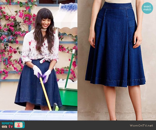 Anthropologie Chambray Circle Skirt worn by Tahani Al-Jamil on The Good Place