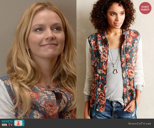 Anthropologie Delwyn Jacket worn by Becki Newton on Weird Loners