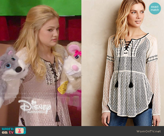 Anthropologie Lace-Front Peasant Blouse worn by Olivia Holt on IDDI