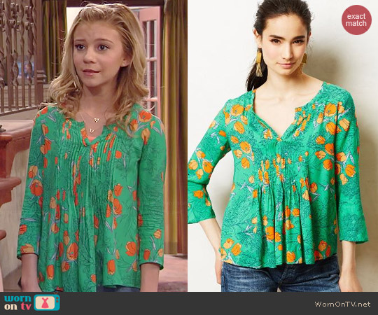 Anthropologie Mahdia Peasant Top worn by G. Hannelius on Dog with a Blog