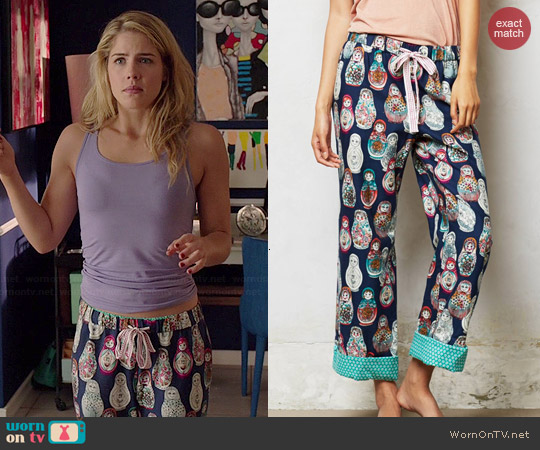 Anthropologie Nesting Doll Flannel Loungers worn by Emily Bett Rickards on Arrow