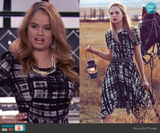 Anthropologie Painted Plaid Dress by Corey Lynn Calter worn by Debby Ryan on Jessie