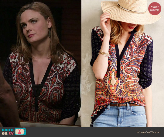 Anthropologie Persian Pear Tee worn by Emily Deschanel on Bones
