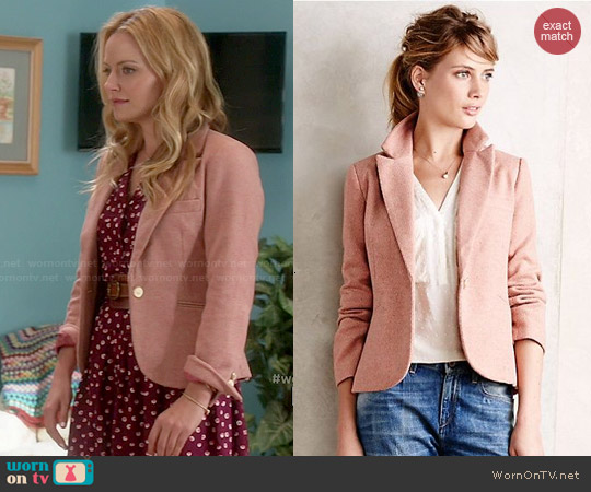 Anthropologie Posy Blazer in Pink worn by Caryn Goldfarb on Weird Loners