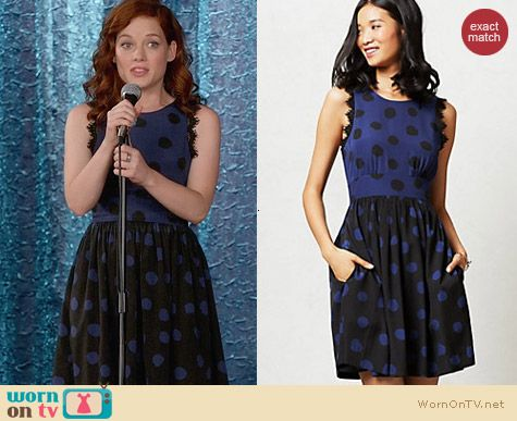 Anthropologie Split Dots Dress worn by Jane Levy on Suburgatory