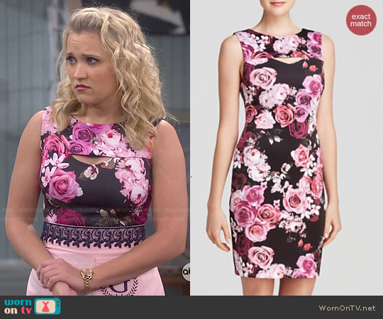 Aqua Cabbage Floral Scuba Body-con Dress worn by Emily Osment on Young & Hungry