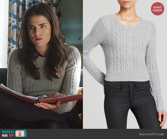 Aqua Cable Cropped Cashmere Sweater worn by Karla Souza on HTGAWM