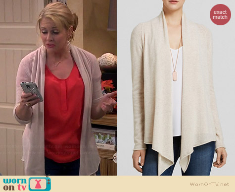 Aqua Cashmere Drape Front Cardigan in Oatmeal worn by Melissa Joan Hart on Melissa & Joey