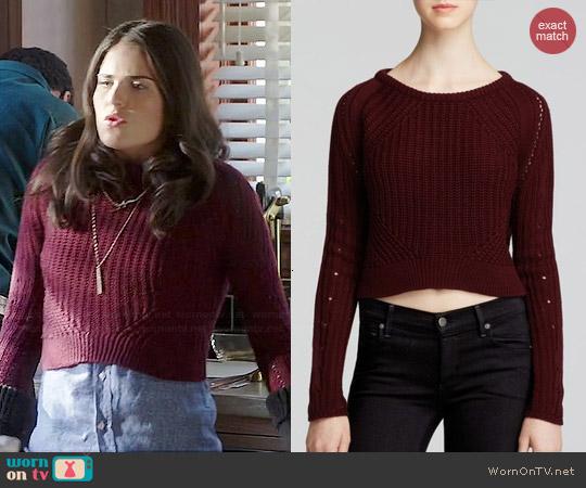 Aqua Crop Pullover worn by Karla Souza on HTGAWM