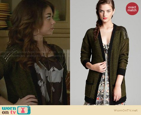 Aqua Studded Shoulder Cardigan worn by Sarah Hyland on Modern Family
