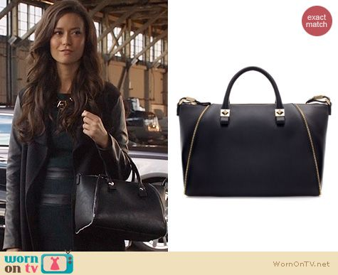Arrow Bags: Zara Bowling Bag with Zips worn by Summer Glau