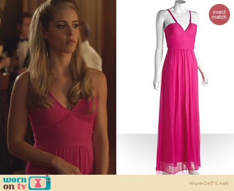 Arrow Fashion: Bcbgmaxazria Hall Gown in Fucsia worn by Emily Bett Rickards