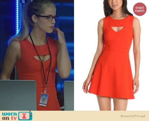 Fashion of Arrow: French Connection Feather Ruth Dress worn by Emily Bett Rickards
