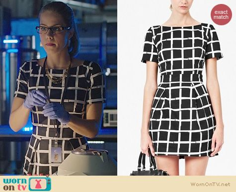 Arrow Fashion: French Connection Paint Check Dress worn by Emily Bett Rickards