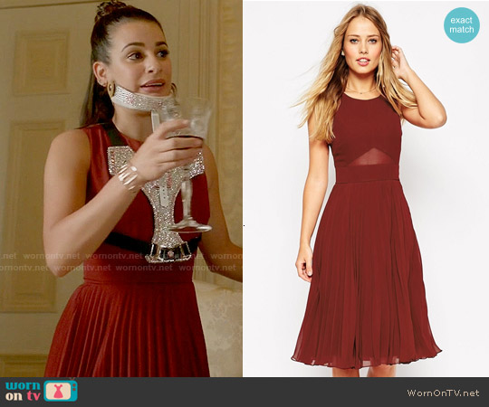 ASOS Sheer And Solid Pleated Midi Dress worn by Lea Michele on Scream Queens