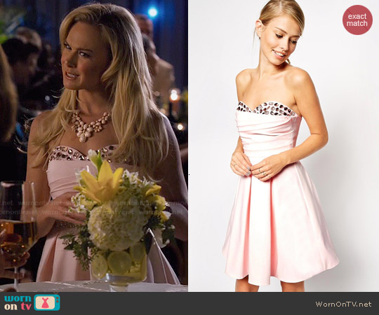 ASOS Embellished Peekaboo Bandeau Dress worn by Laura Bell Bundy on Hart of Dixie