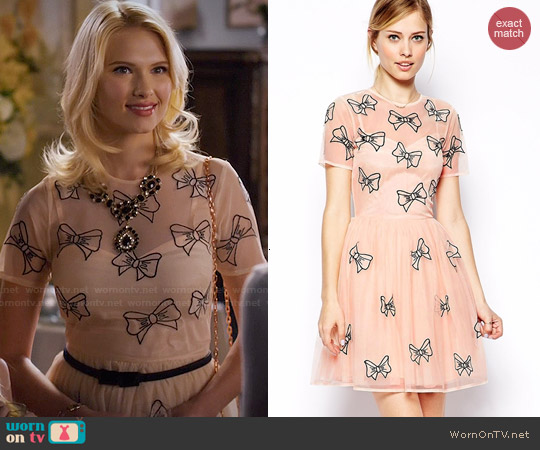 ASOS Skater Dress With Bow Embroidery worn by Claudia Lee on Hart of Dixie