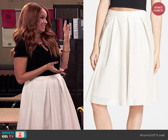 WornOnTV: Jessie's black keyhole top and white pleated midi skirt ...