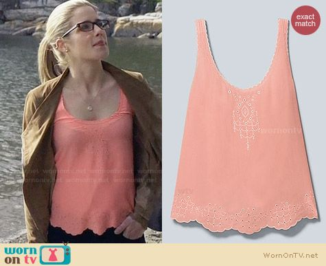 Babaton Nate Blouse worn by Emily Bett Rickards on Arrow