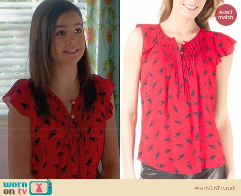 Band of Outsiders Bunny Print Blouse worn by Bailee Madison on Trophy Wife