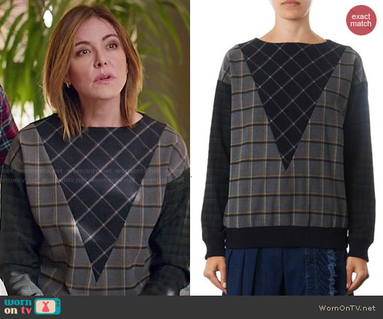 Band of Outsiders 'Hunter' multi-plaid sweatshirt worn by Christa Miller on Cougar Town