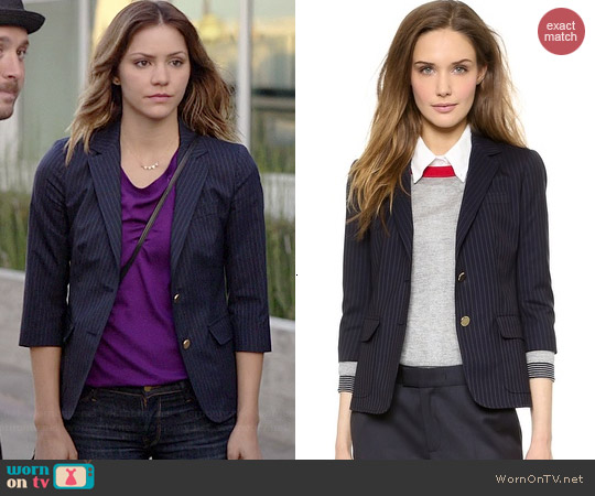 Band Of Outsiders Schoolboy Blazer in Navy Pinstripe worn by Katharine McPhee on Scorpion
