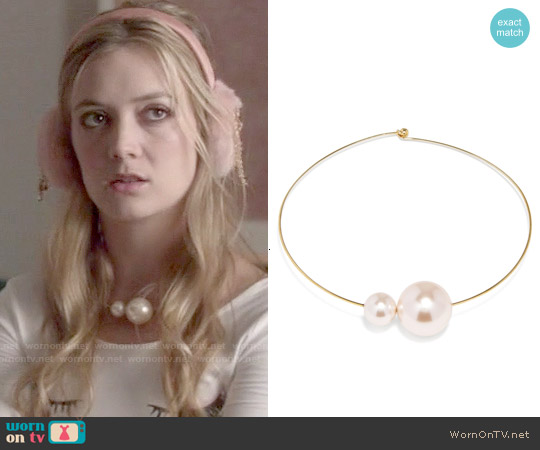 Baublebar Gemini Pearl Choker worn by Billie Lourd on Scream Queens