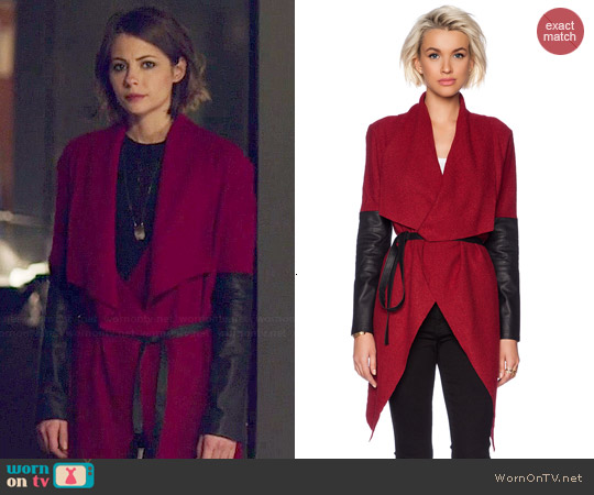 worn by Willa Holland on Arrow