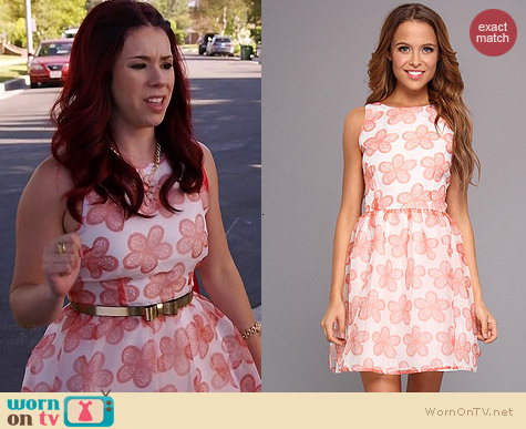 BB Dakota Shirley Dress in Melon worn by Jillian Rose Reed on Awkward