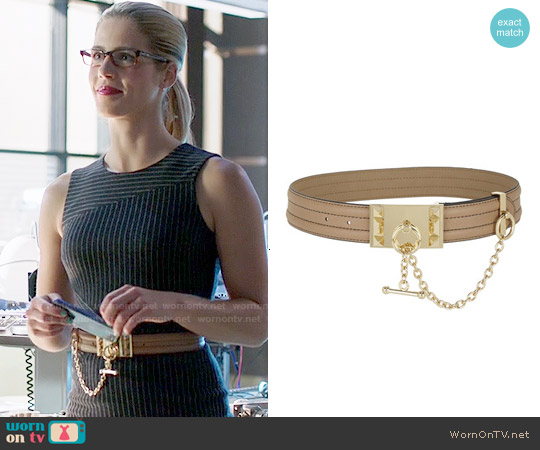 Bcbgmaxazria Bevel-Edge Toggle Waist Belt worn by Felicity Smoak on Arrow