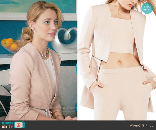Bcbgmaxazria Derek Jacket in Bare Pink worn by Yael Grobglas on Jane the Virgin