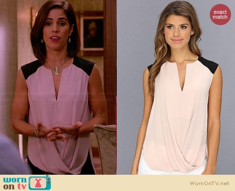 Bcbgmaxazria Gisele Blouse in Bare Pink worn by Ana Ortiz on Devious Maids