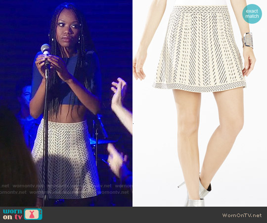 Bcbgmaxazria Queeny Skirt in French Cream Combo worn by Xosha Roquemore on The Mindy Project