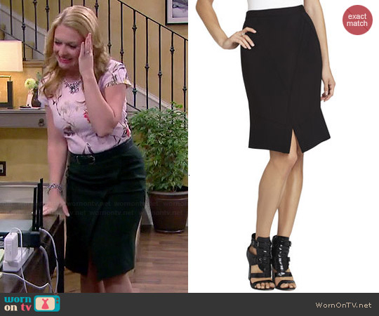 Bcbgmaxazria Taylon Skirt worn by Melissa Joan Hart on Melissa & Joey