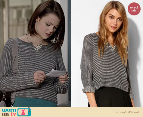 BDG Little League Henley Sweater worn by Kathryn Prescott on Finding Carter