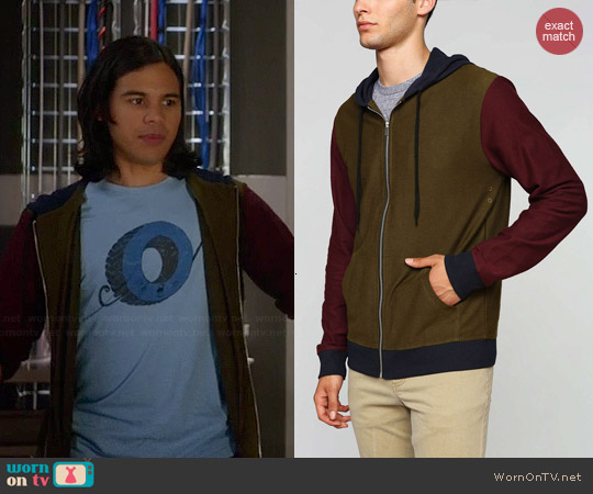 BDG Mocktist Colorblock Hoodie worn by Cisco on The Flash