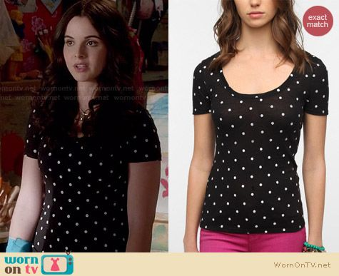 BDG Printed Scoopneck Tee in black polka dot from Urban Outfitters worn by Vanessa Marano on Switched at Birth