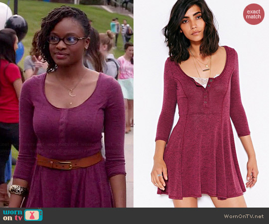 BDG Sally Henley Swing Dress in Maroon worn by Sharon Pierre-Louis on Switched at Birth